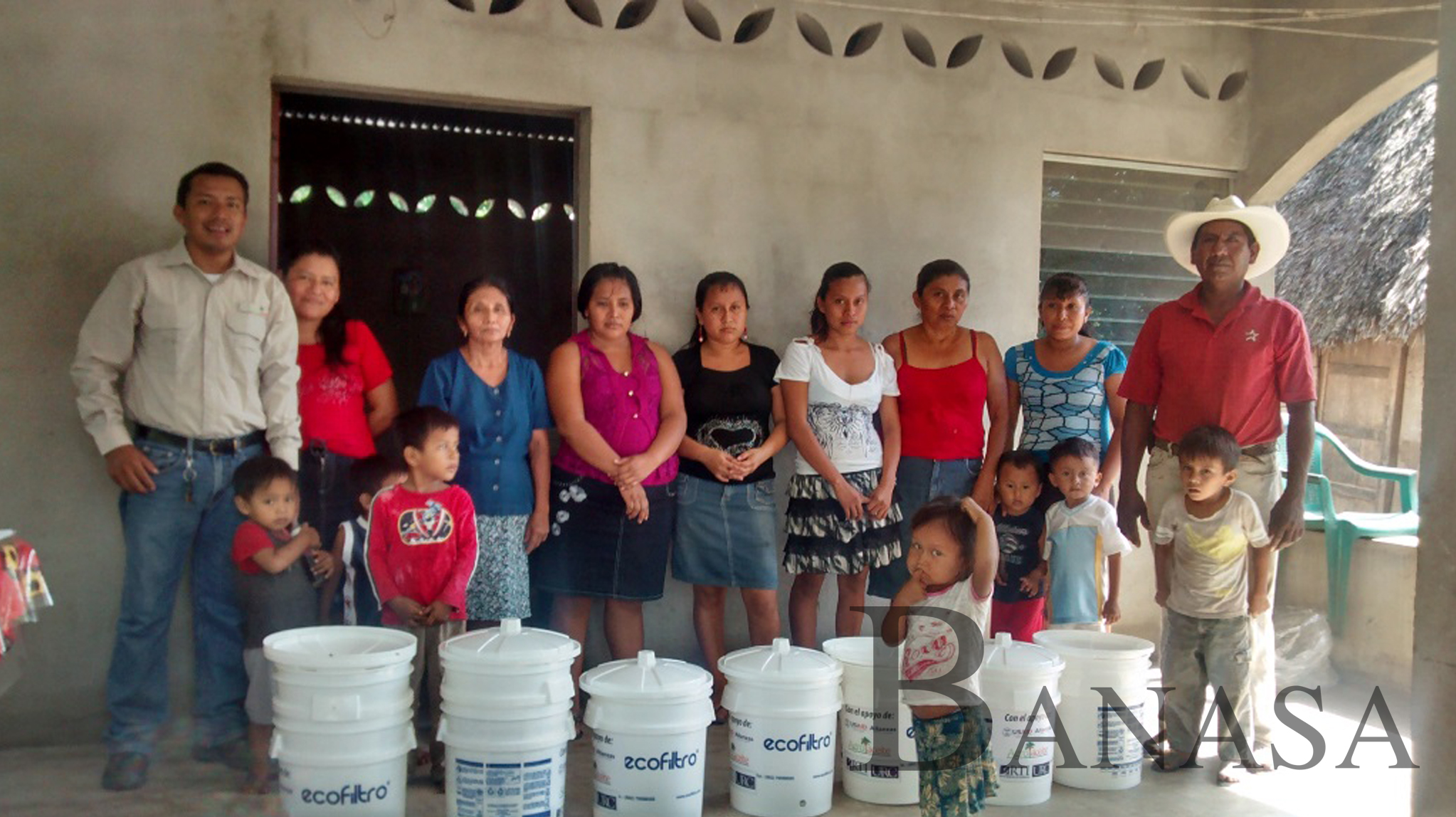 banasa lleva agua potable a comunidades rurales