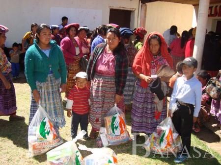 BANASA Y BAG COMPROMETIDAS EN ALIVIAR LA CRISIS ALIMENTARIA EN GUATEMALA