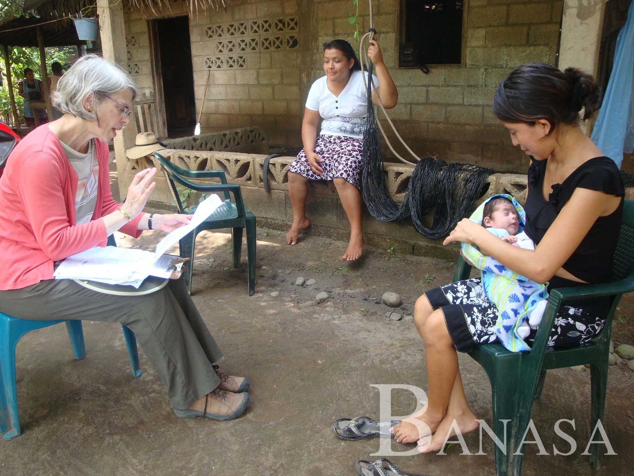 DOCTORAS DE UNIVERSIDAD DE COLORADO ASESORAN A TÉCNICAS DE BANASA