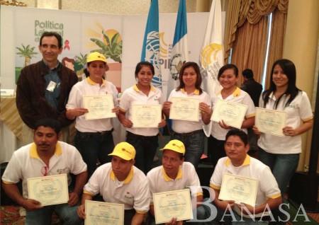ONUSIDA RECONOCE A LOS PRODUCTORES DE BANANO EN GUATEMALA POR IMPULSAR LA POLÍTICA LABORAL DE VIH/SIDA