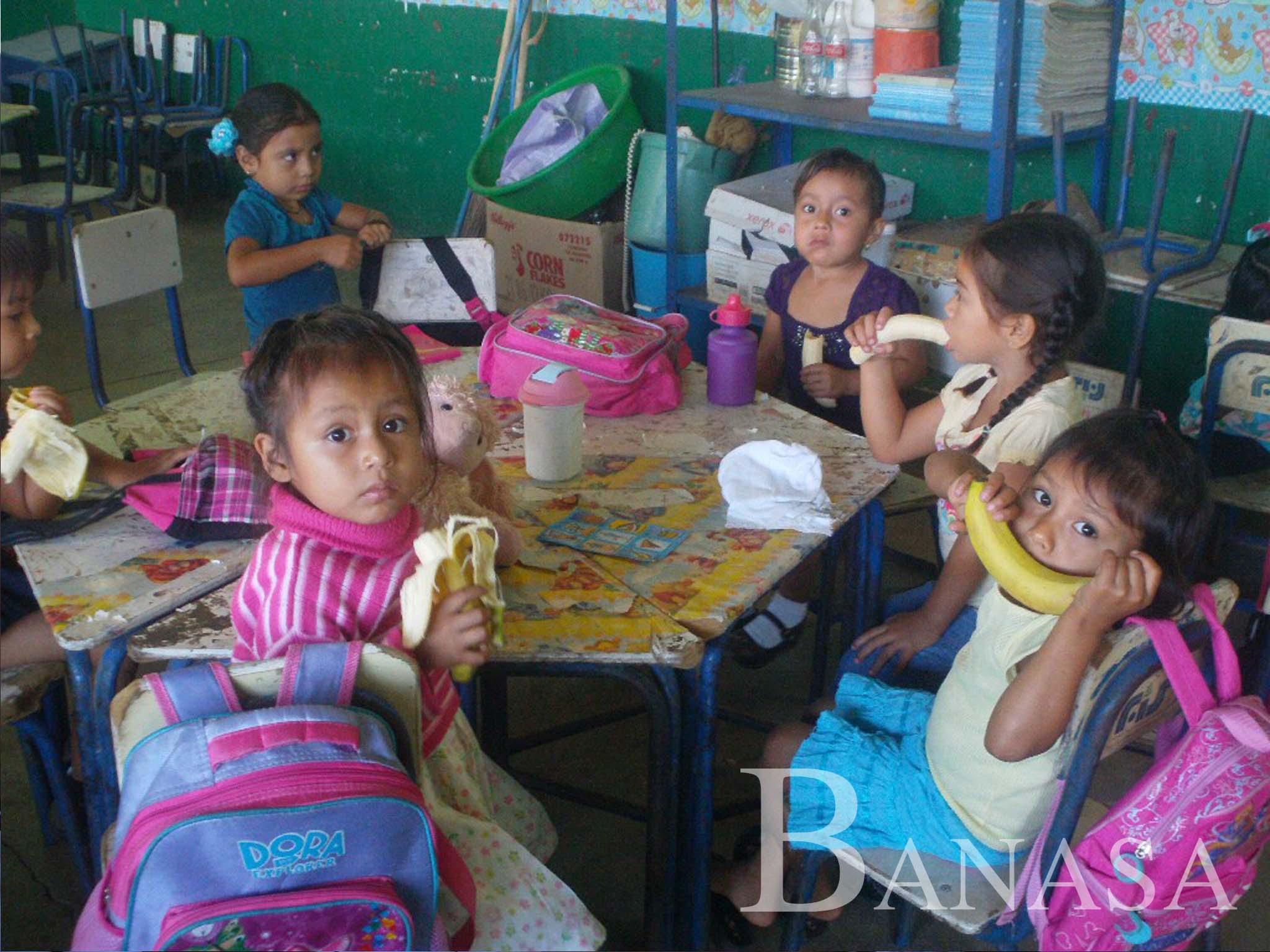 BANASA BENEFICIA A 360 ALUMNOS DE LA ESCUELA CERRITOS CON REFACCIÓN ESCOLAR NUTRITIVA
